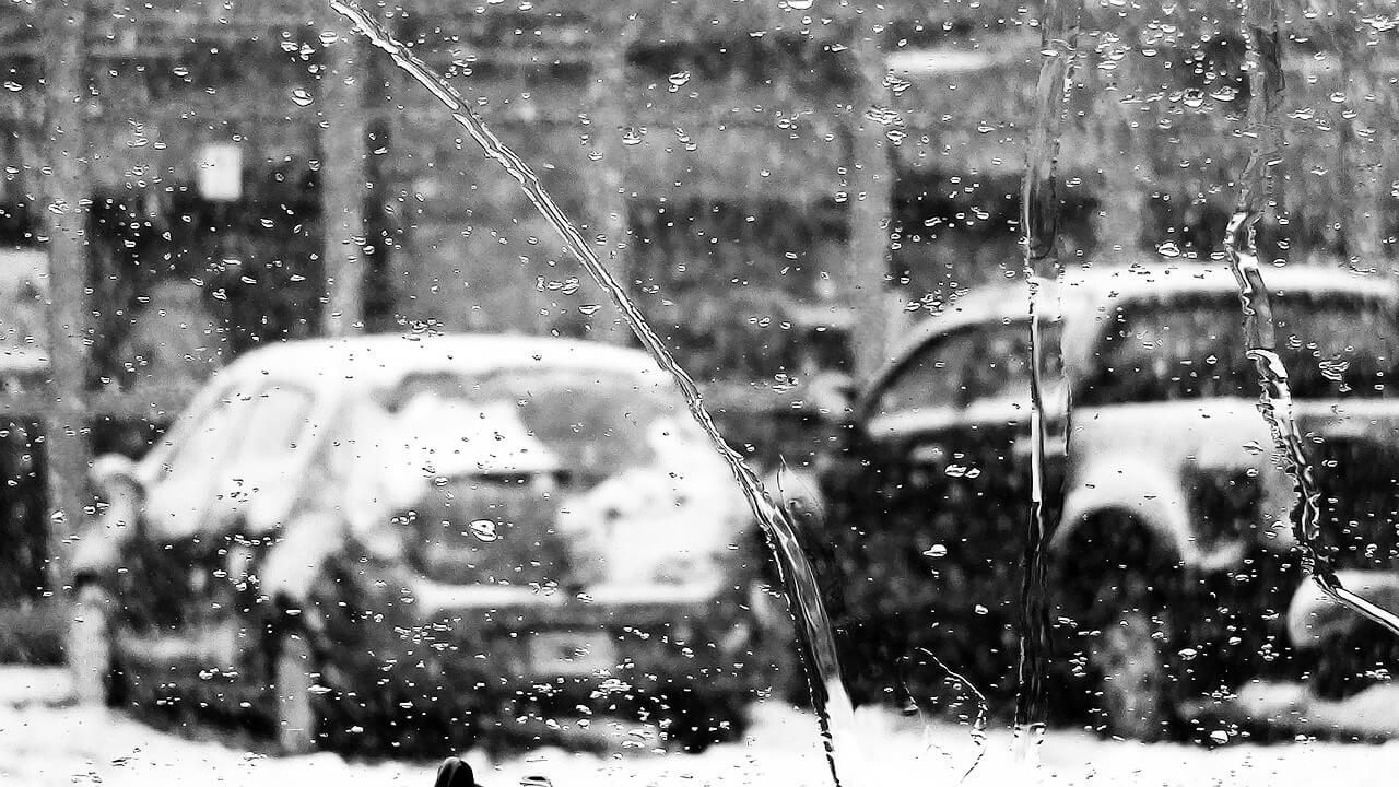 car break down in snow